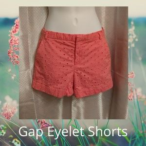 3/$25 Gap Coral Apple Blossom Eyelet Shorts Size 2